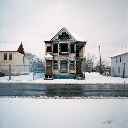 100 abandoned houses Detroit recession kevin bauman