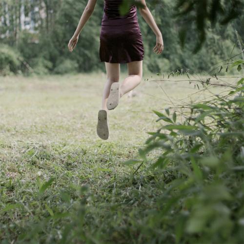 debbie tea girl jump photographer photography