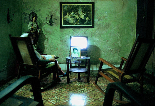 simone lueck photographer cuban television sets photography