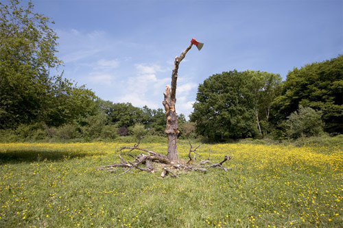 Artist Julien Berthier sculpture