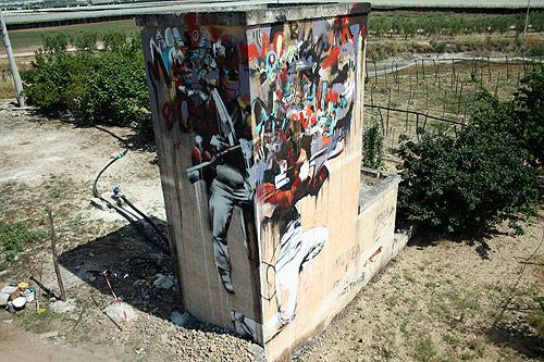 graffiti artist Conor Harrington painter painting street