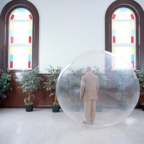 Photographer Alex Kisilevich bubble one photgraphy