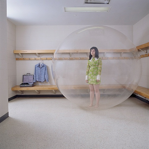 Photographer Alex Kisilevich three bubble photgraphy
