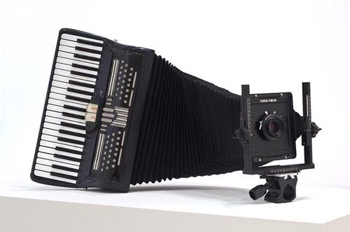 andrew lewicki sculpture artist accordian obscura