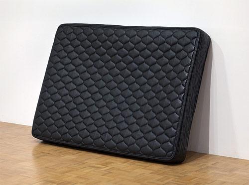 andrew lewicki sculpture artist one liner black mattress
