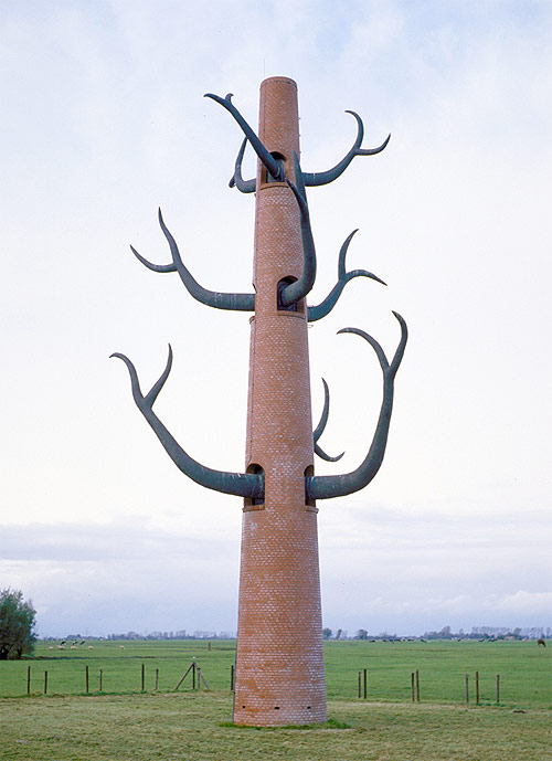 thom puckey tower artist sculpture