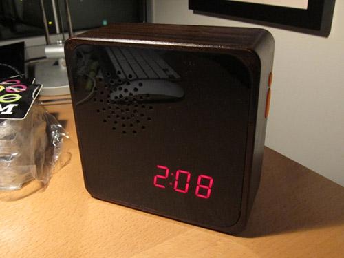 furni alba clock booooooom giveaway