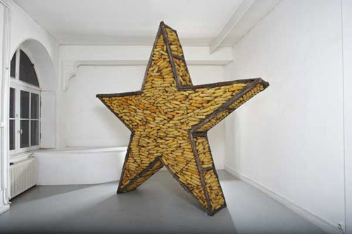 sculptures by artist stephane vigny