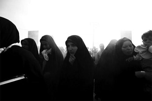 Photographer Newsha Tavakolian photography