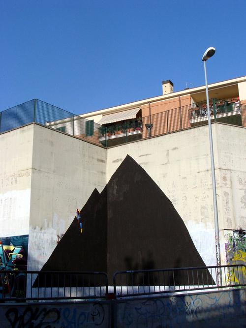 Italian street artist 108