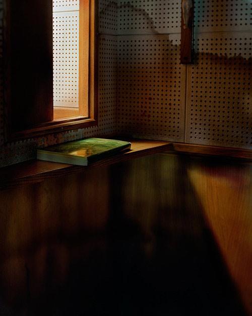 Photographer Billie Mandle photography
