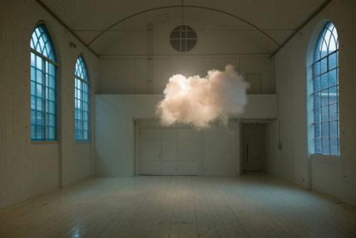 Artist Berndnaut Smilde makes real clouds inside gallery