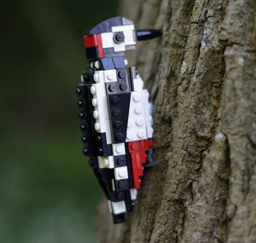 Lego birds by Tom Poulsom