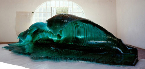 Sculpture by artist Mario Ceroli