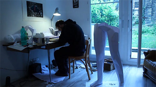Paper sculpture by Thomas Voillaume