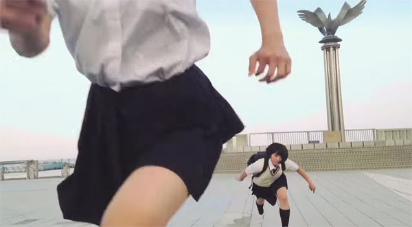 japanese-school-girl-chase