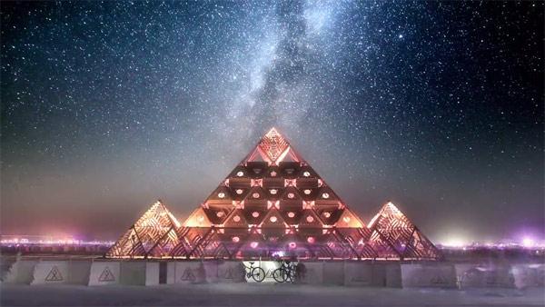 Trippy Dream Like Time Lapse Of Burning Man Booooooom