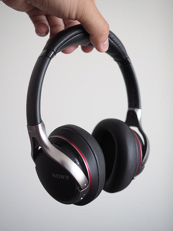 sony-bluetoothheadphones1