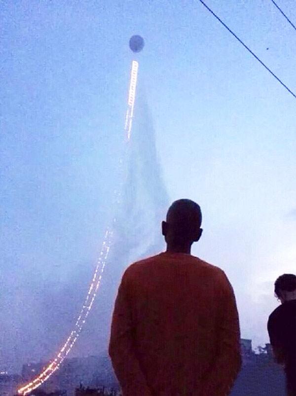 firework-sky-ladder-06