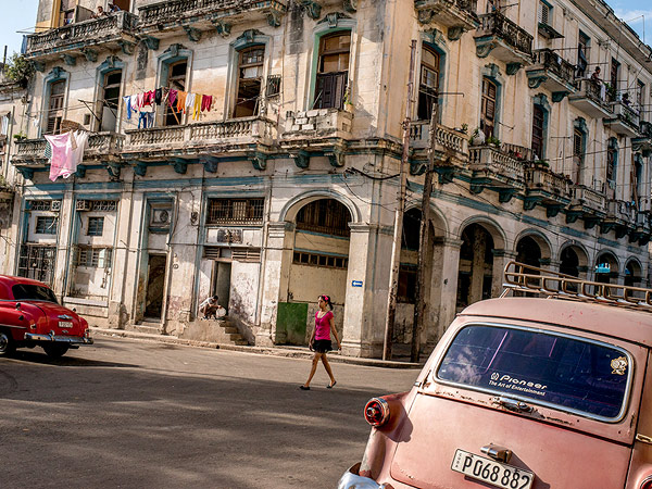 downtown-havana-cuba_88251_990x742
