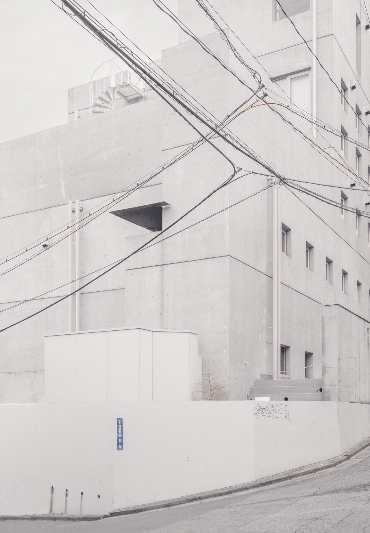 Surreal Photos of Japan and East Asia by Architect and Photographer Jan Vranovsky – BOOOOOOOM! – CREATE * INSPIRE * COMMUNITY * ART * DESIGN * MUSIC * FILM * PHOTO * PROJECTS