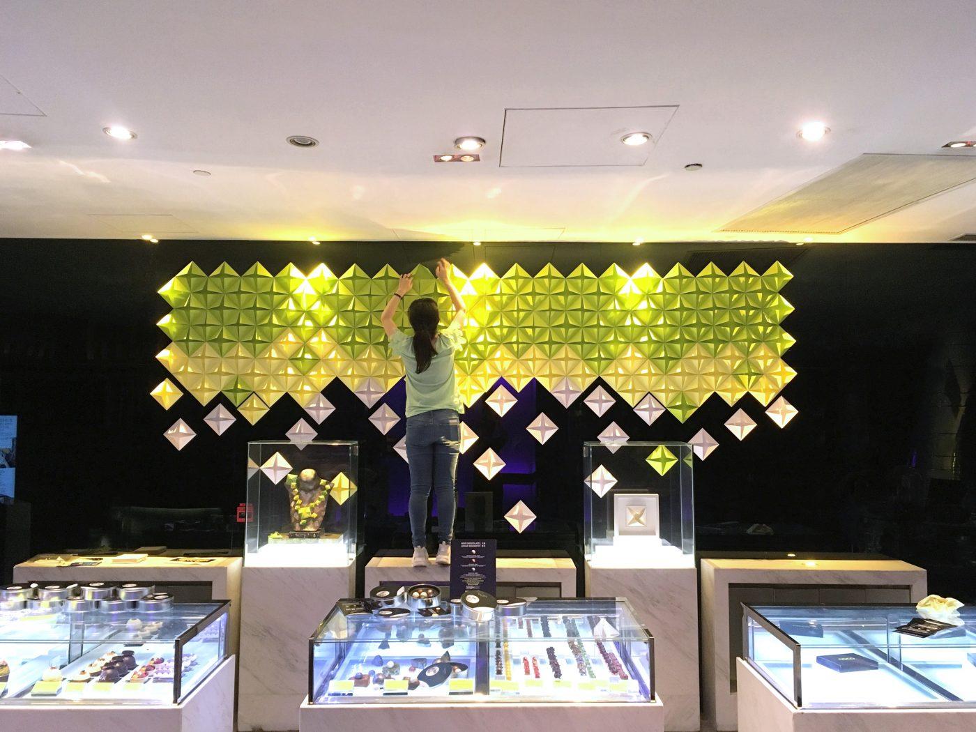 Paper art wall at the Mira Hong Kong Hotel - Image 6 of 5